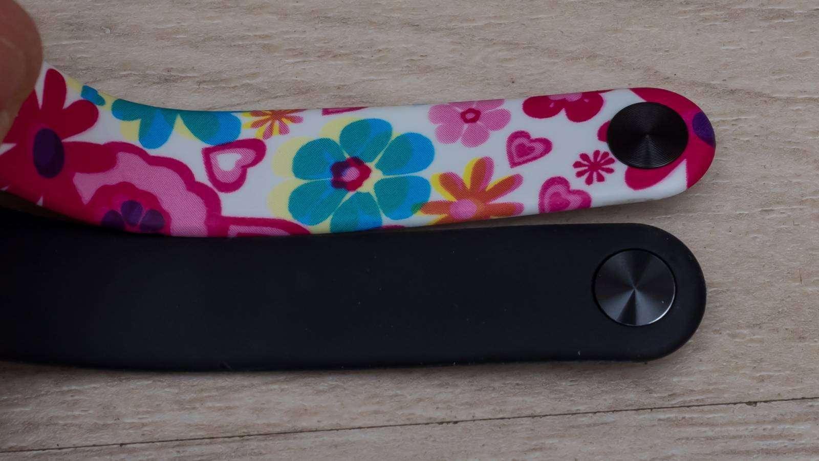 Aliexpress: Позитивный сменный ремешок для Xiaomi Mi Band 2