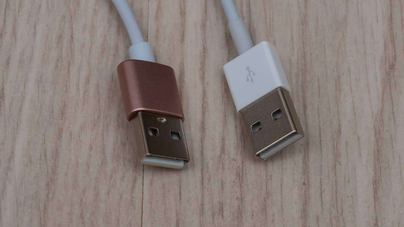 Пара магнитных зарядных кабелей, по акции с Aliexpress