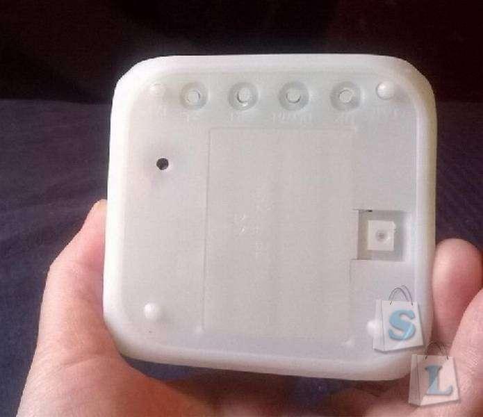 GearBest: Часы-будильник с подсветкой