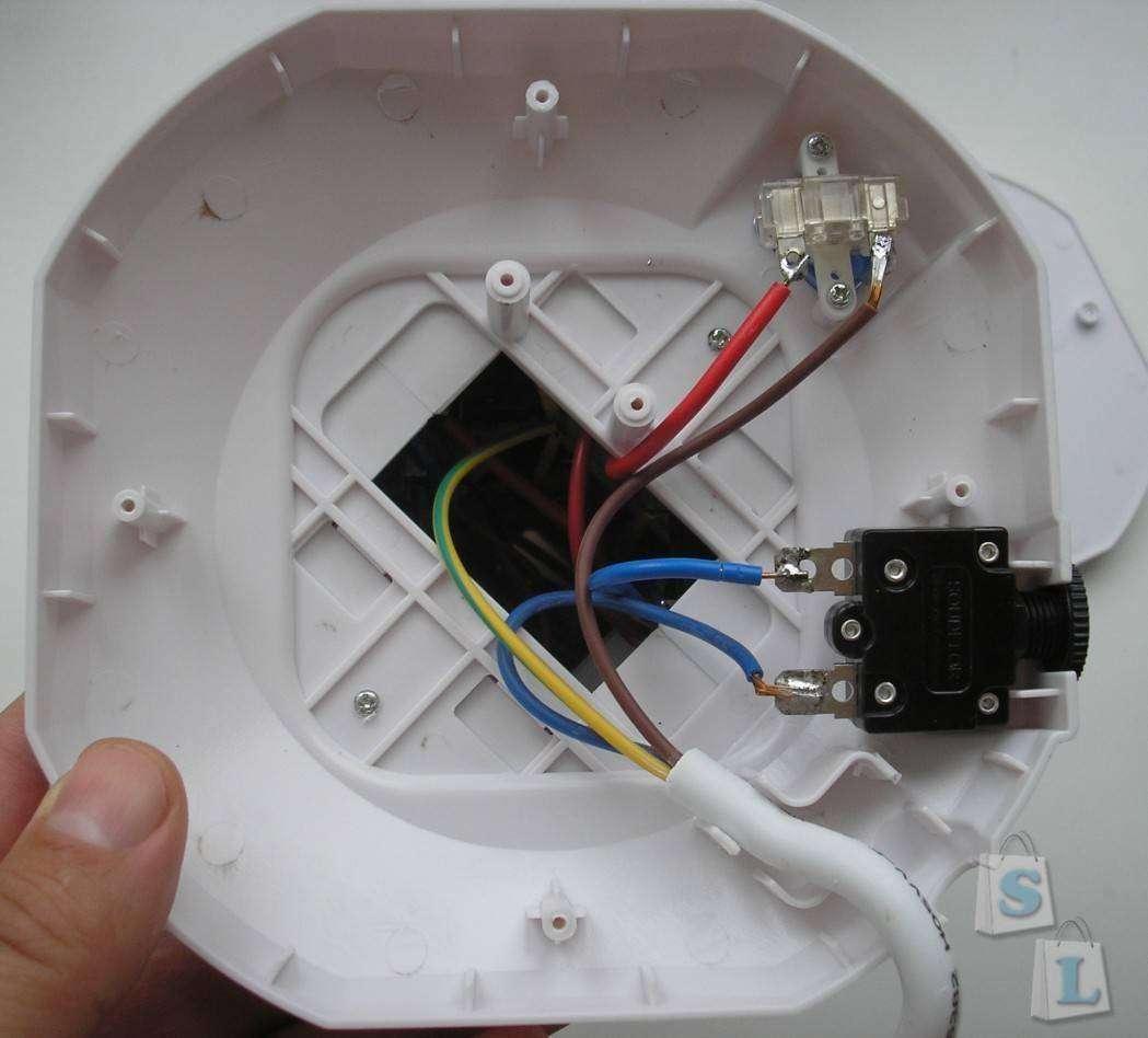 TVC-Mall: Power Socket с двумя USB портами