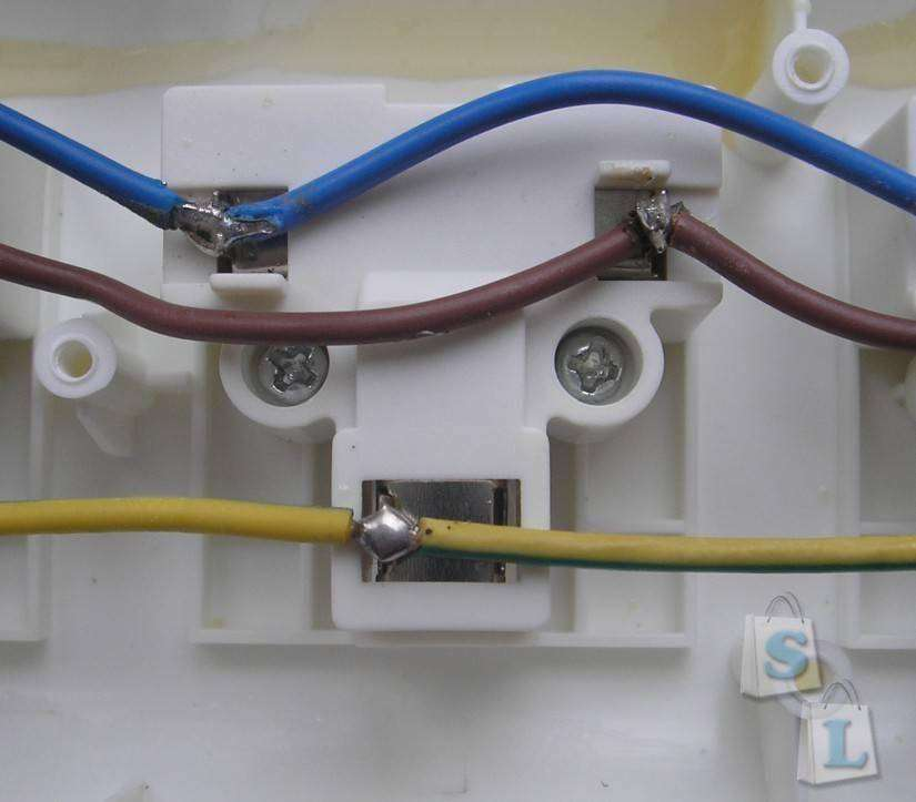 TVC-Mall: Универсальный Socket на 3 USB порта BTY S430