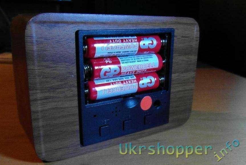 TinyDeal: Часы в форме деревянного бруска
