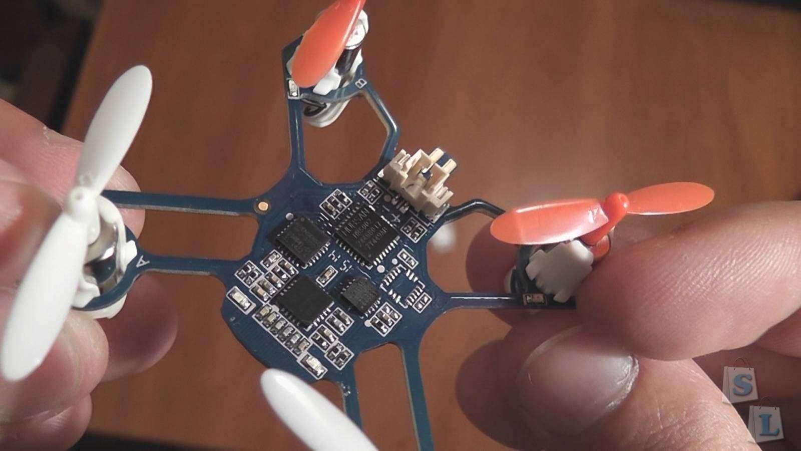 CooliCool: Hubsan Nano Q4 (H111) 2.4GHz, 4Ch, 6 Axis Gyro, RC Quadcopter (RTF) и Кот
