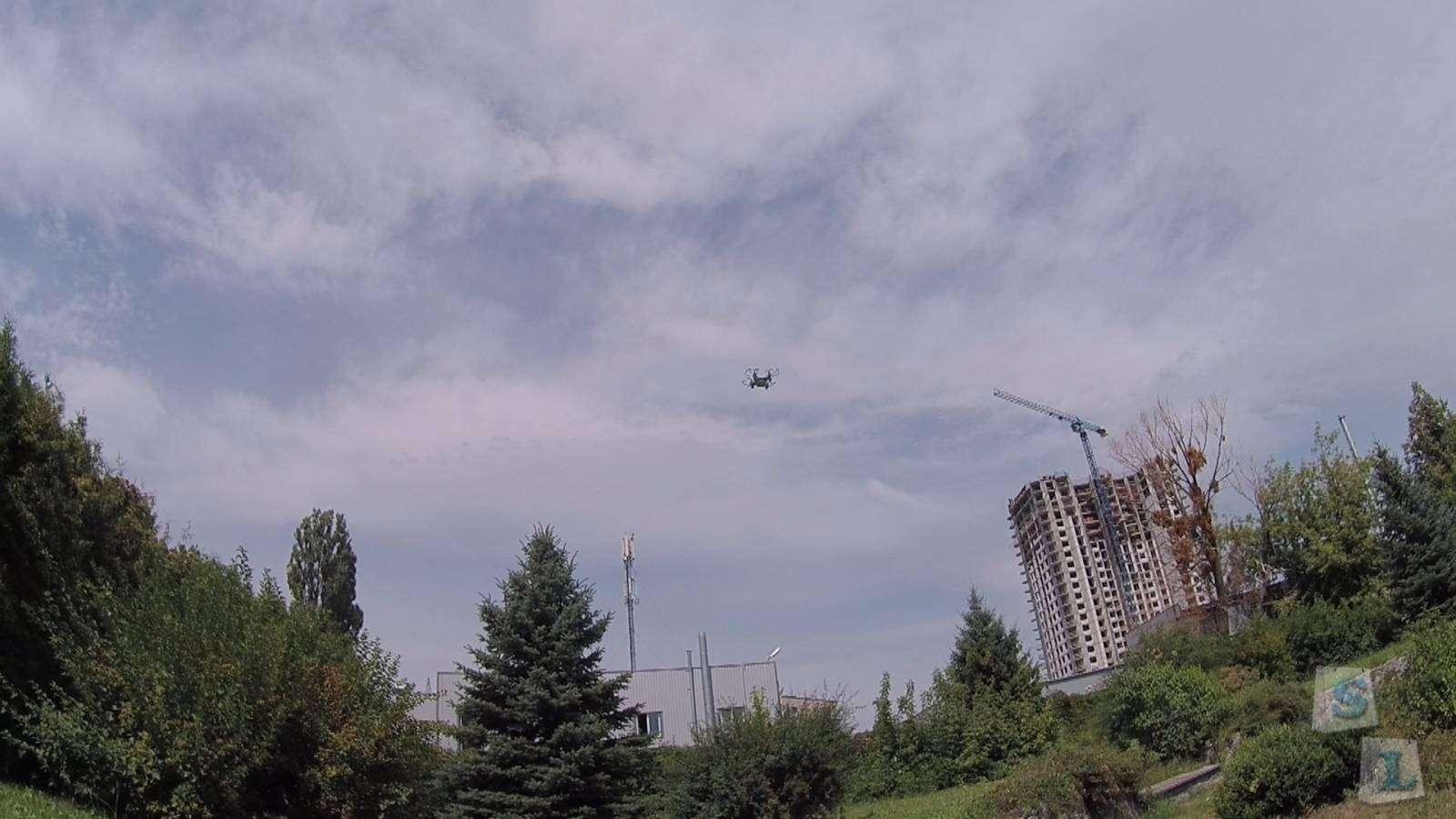 CooliCool: JJRC JJ-810 2.4GHz, 4Ch, 6 Axis Gyro, mini RC Quadcopter (RTF)