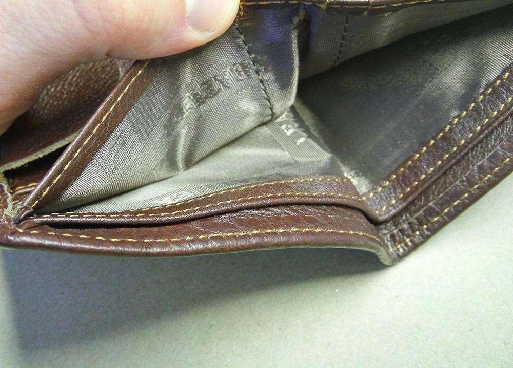Banggood: Dragon Design Genuine Leather Men's Wallet
