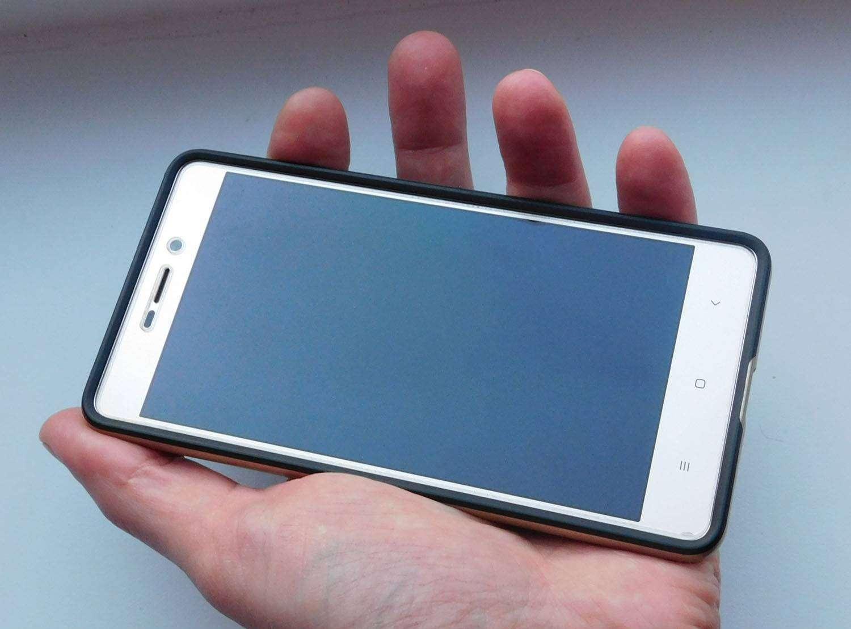 Aliexpress: Живучий бампер для Xiaomi Redmi 3 после 7 месяцев эксплуатации