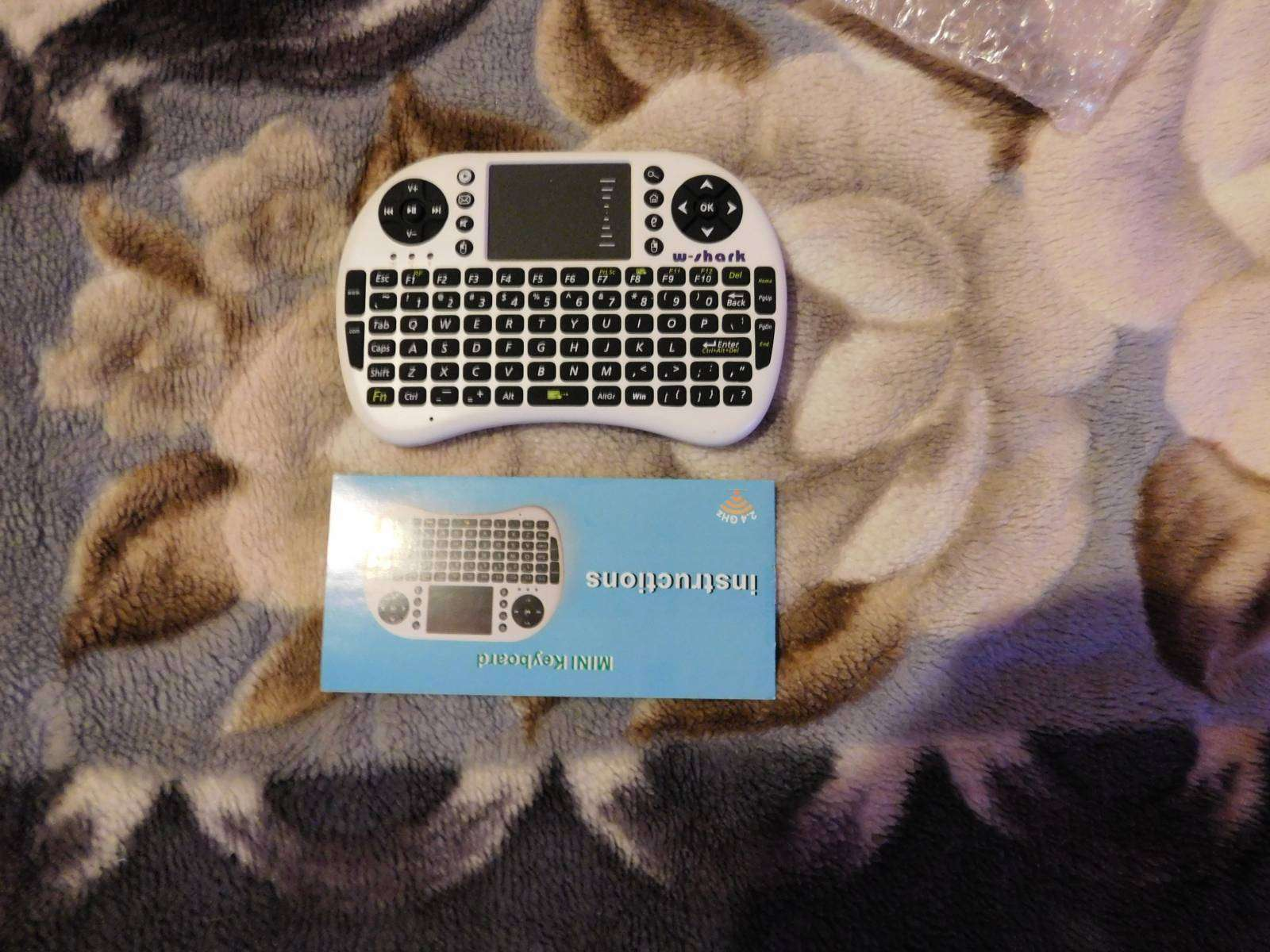 GearBest: Беспроводная QWERTY клавиатура