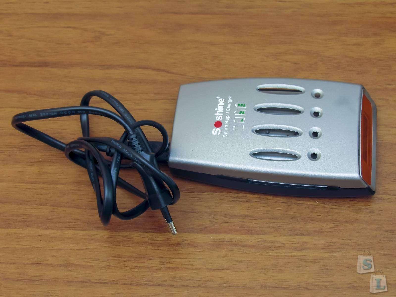 DealExtreme: Быстрая зарядка для NiMh NiCd аккумуляторов Soshine Hi-Tech LCD NiMH / NiCD Super Quick Charger