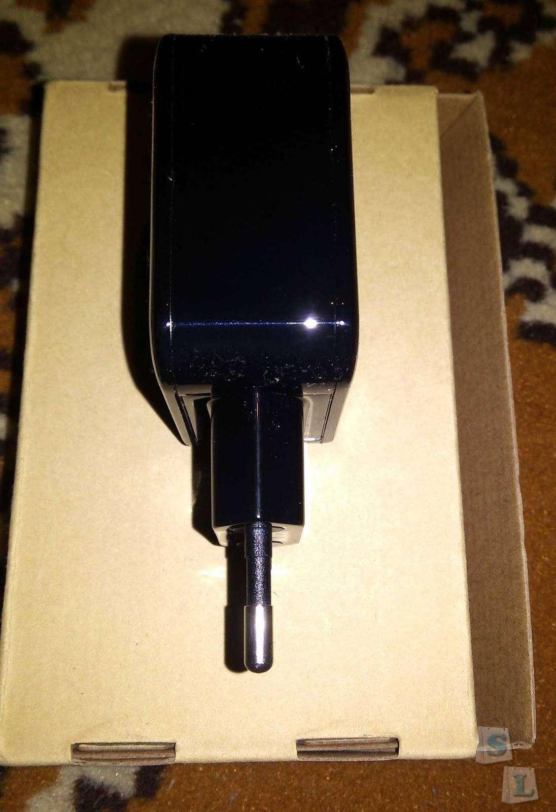 Banggood: Зарядка BlitzWolf на 2 USB порта с технологией Power3S