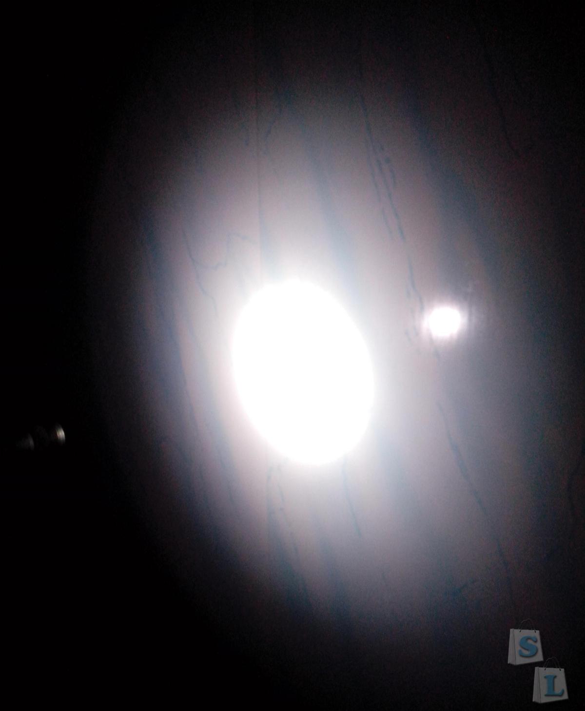 GearBest: Обзор фонарика-наключника на AAA из нержавеющей стали