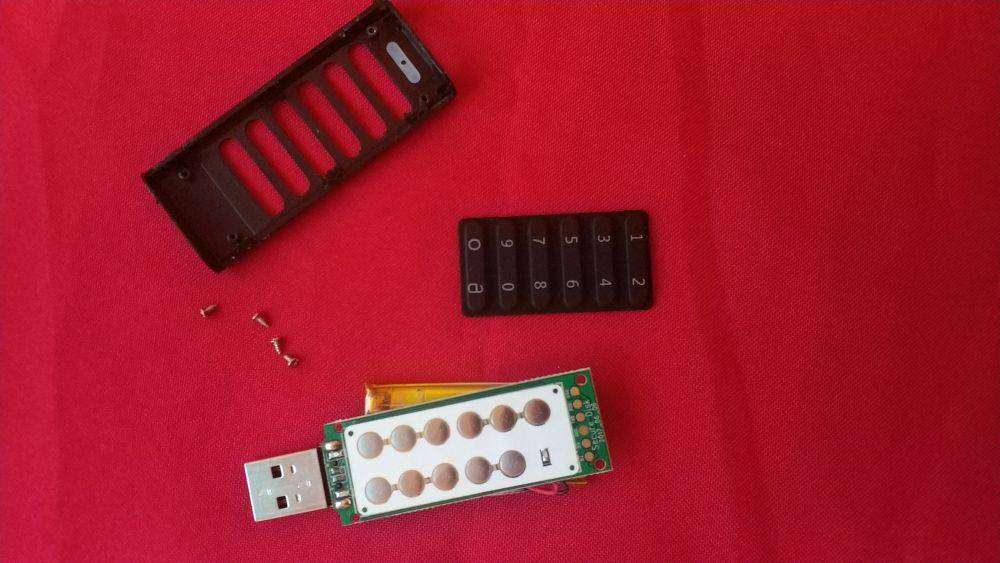 Geekbuying: Teclast Pendrives 32GB - флешка с AES-256 шифрованием