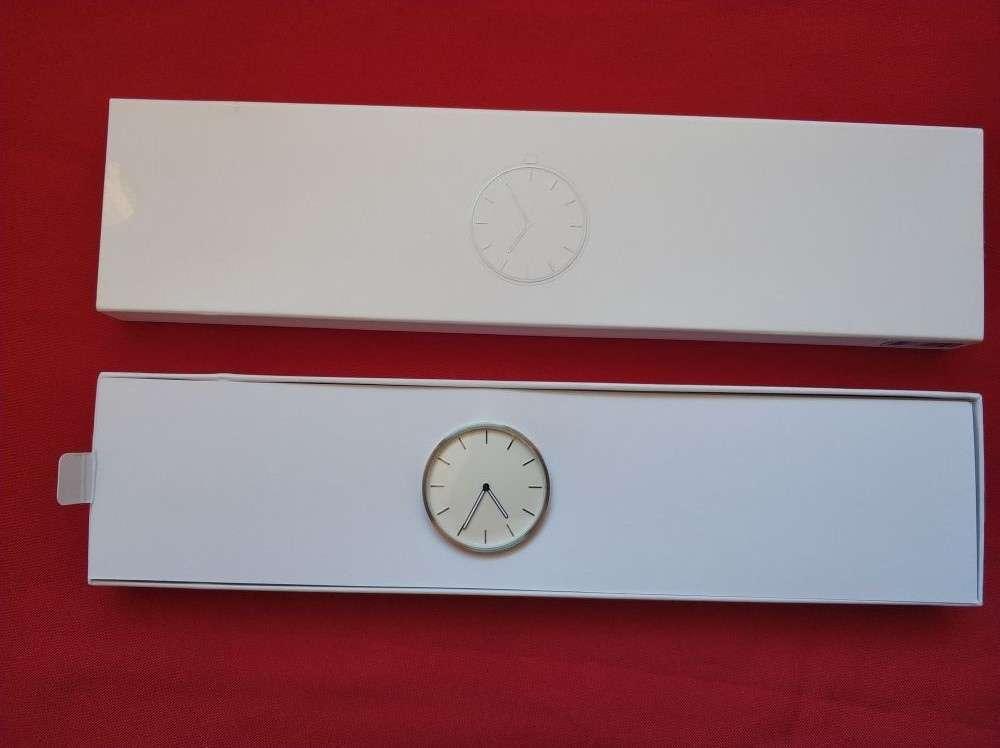 Другие - Китай: Простые кварцевые часы Xiaomi Twenty Seventeen