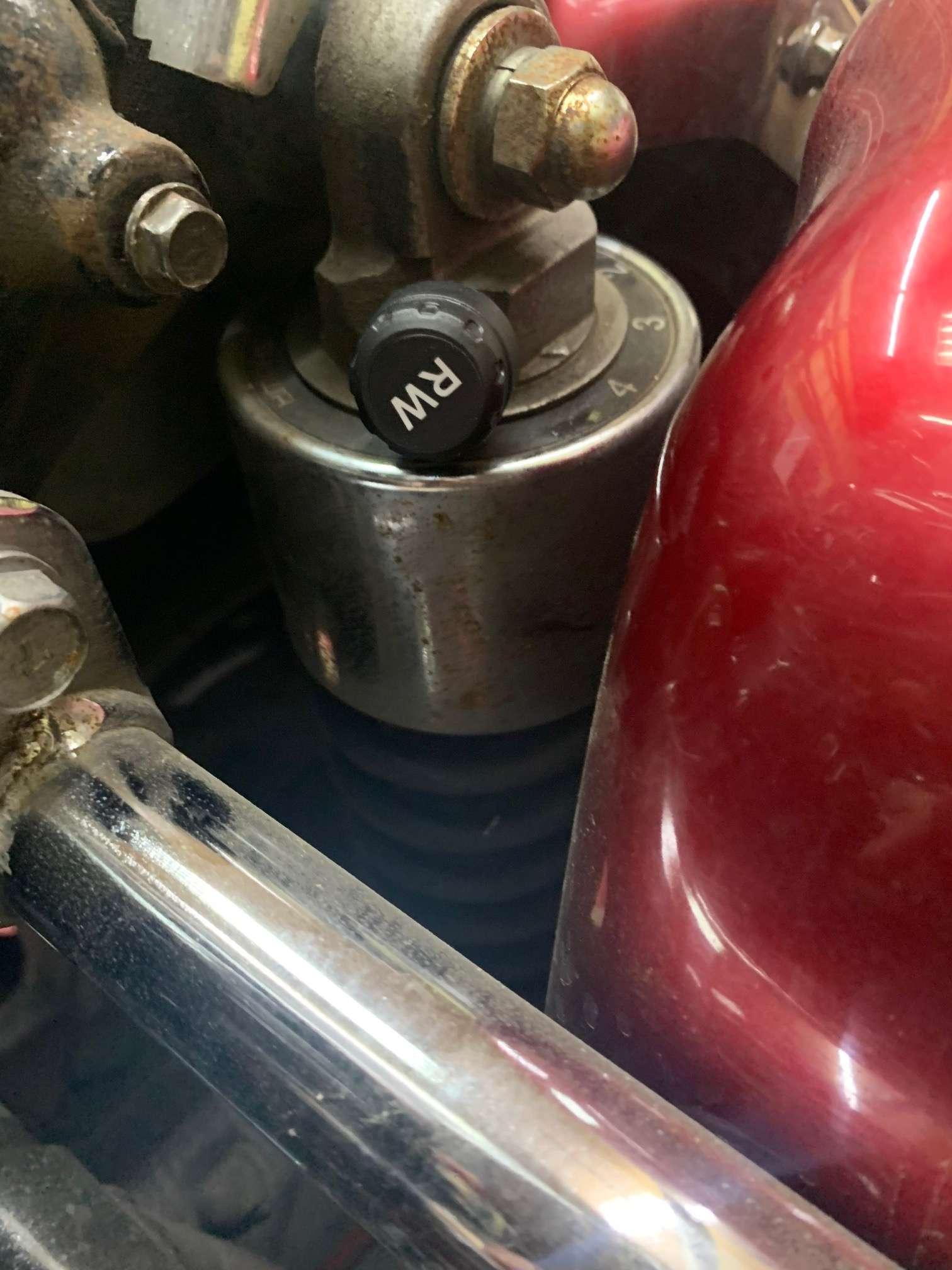 TomTop: Система контроля давления в шинах для мотоциклов - удобно для мото путешествий