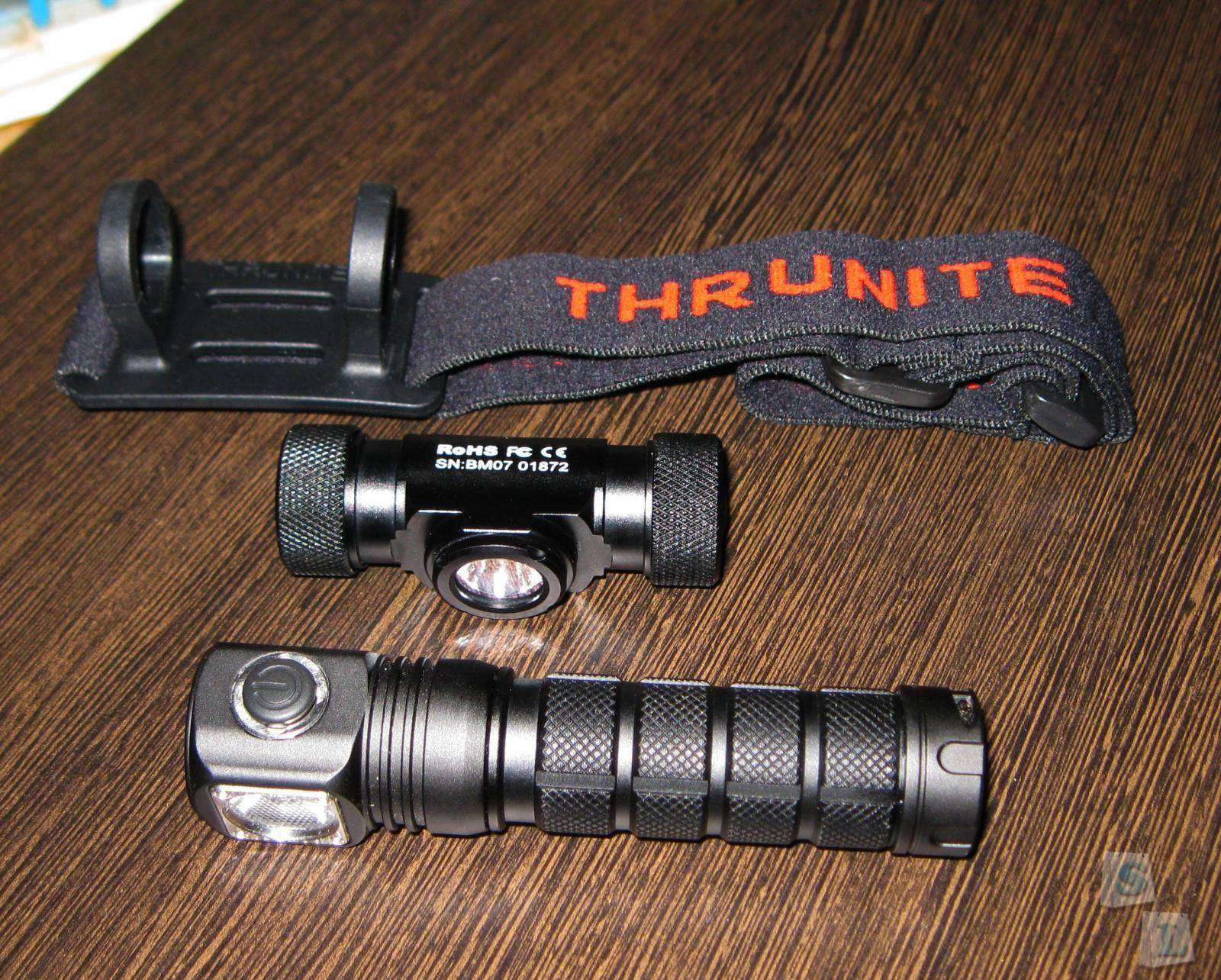 GearBest: Налобник ThruNite TH20