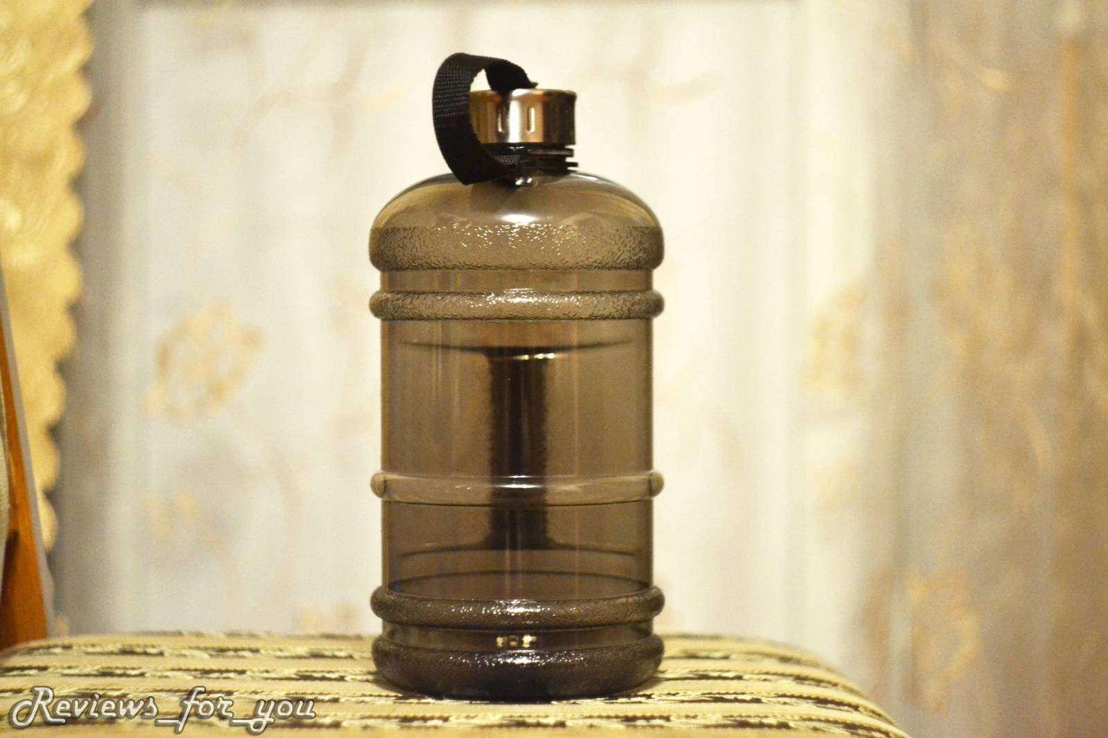 Aliexpress: Пластиковая спортивная бутылка с емкостью 2,2 л