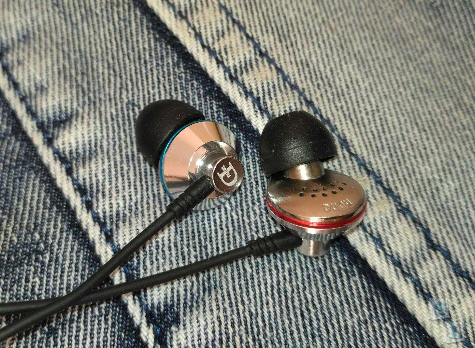 PenonAudio: Dunu Titan 1. Наушники которые снискали популярность не только среди рядовых любителей музыки, но и у требовательных аудиофилов.