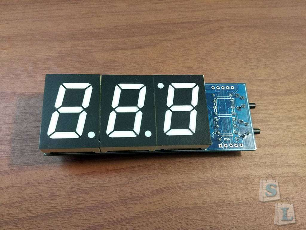 Aliexpress: Часы-конструктор для сборки в прозрачном корпусе.