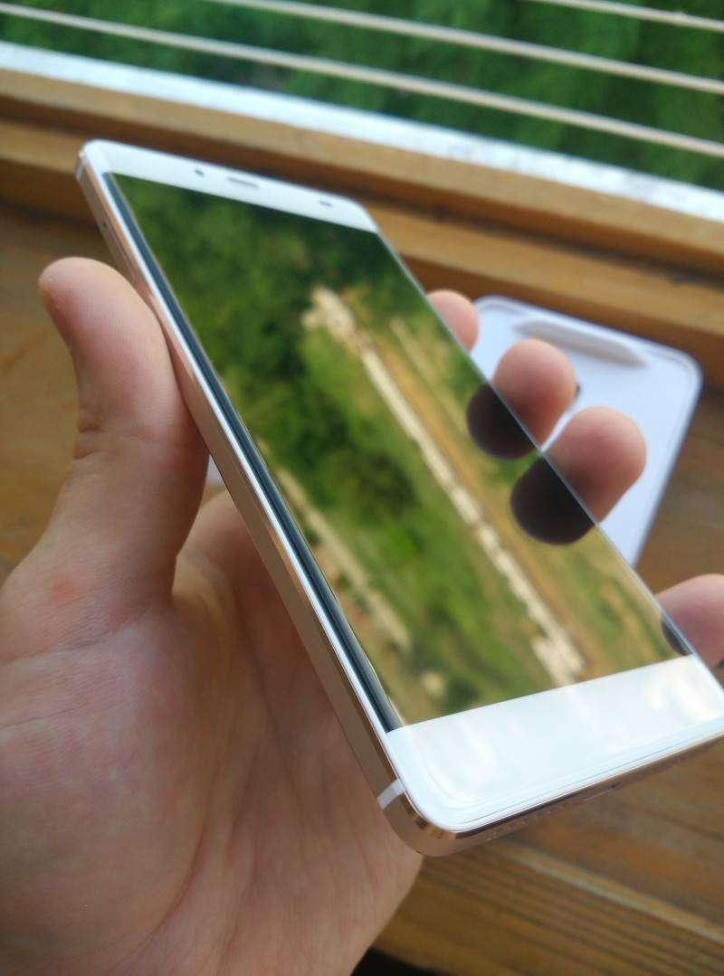GearBest: Обзор Elephone S3: почти безрамочный смартфон