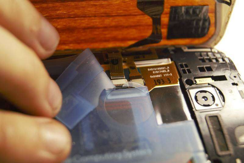 Aliexpress: Замена дисплейного модуля Moto X 2013, оживляем внешний вид старичка