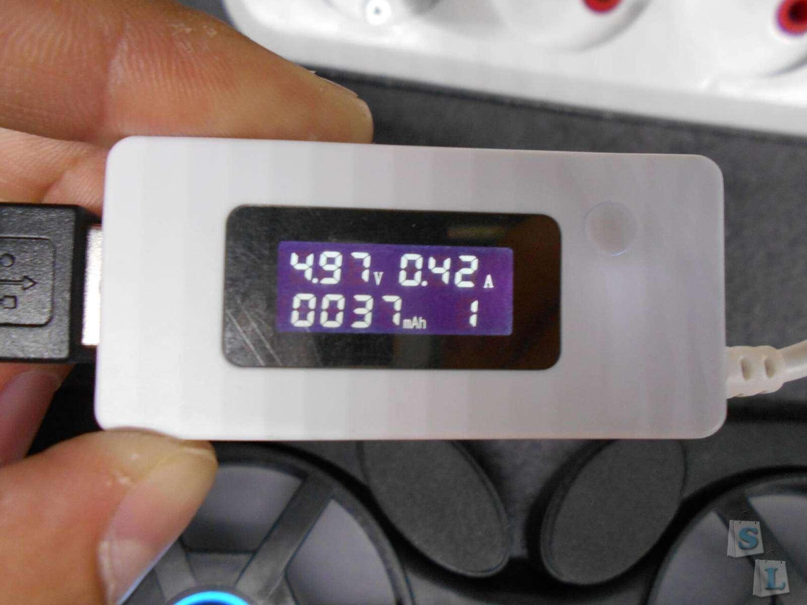 Aliexpress: Универсальное компактное охлаждение для ноутбука.