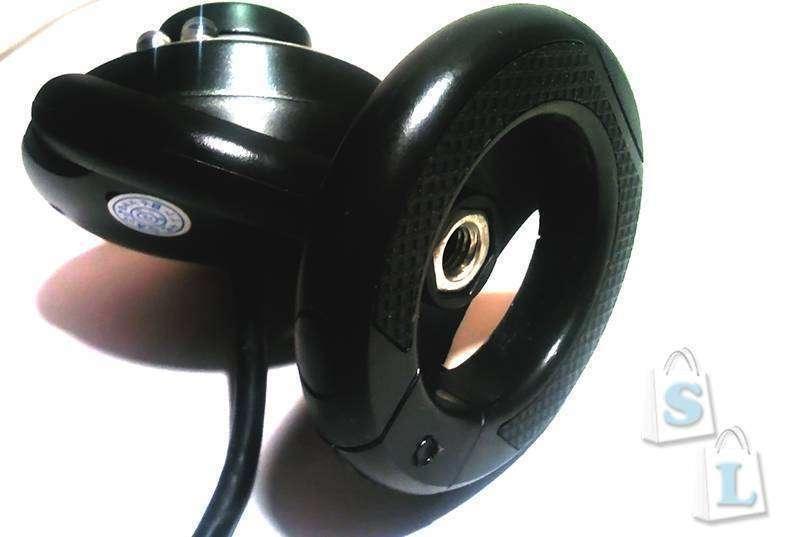 Aliexpress: Простая веб-камера с LED подсветкой и микрофоном.