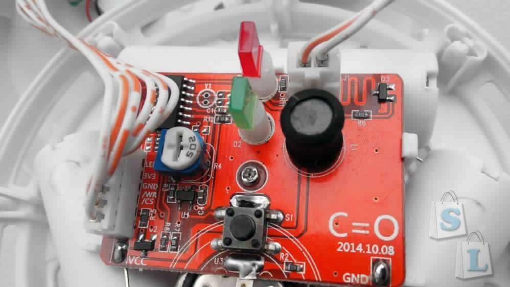 Aliexpress: L326 - Сигнализация наличия угарного газа (актуально имеющим печи на угле и дровах, работающие в помещении бензодвигатели и т.п)