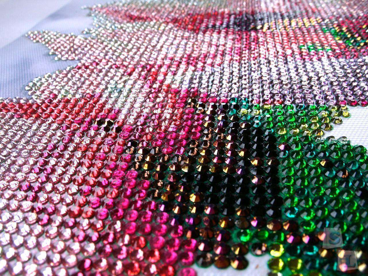 Aliexpress: Большая алмазная мозаика (109см х 36см)  частично заполненная 5D стразами