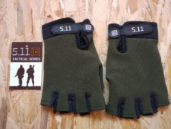 Перчатки без пальцев в стиле продукции 5.11