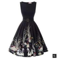 Элегантное черное платье с цветочными мотивами c магазина Belle Poque