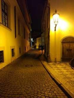 Как съездить в Прагу и назад за 25 евро и почему это следует сделать?