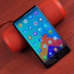 Leagoo KIICAA Mix - смартфон со множеством изъянов.