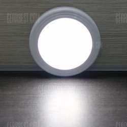 Бюджетный ночник с датчиком движения и освещения