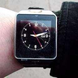 Смарт-часы DZ09 с функцией GSM звонков почти даром.