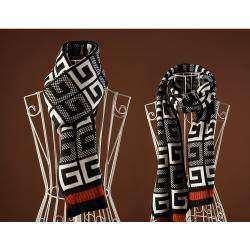 Комплект из шарфика и варежек - готовимся к зиме