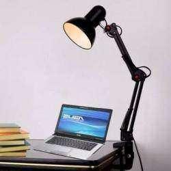 Обычная настольная лампа