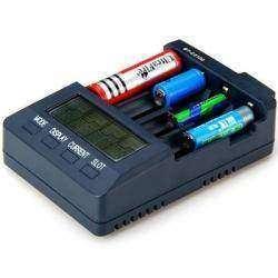 Opus BT-C3100 - универсальная зарядка для NiCd/NiMH/Li-ion аккумуляторов