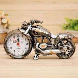 Настольные часы-будильник в форме мотоцикла, тематический подарок :)