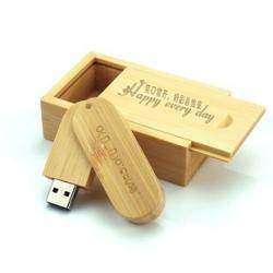 Бамбуковая флешка в бамбуковой коробке на праздник к нам идут