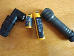 Li-ion аккумуляторы FENIX - для тех, кто не любит micro-USB в фонарях