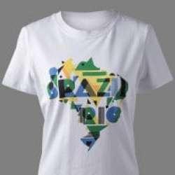 Белая футболка с занимательным принтом