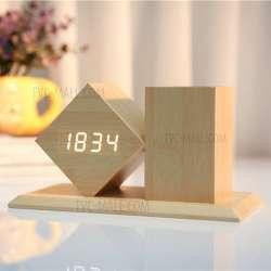 Часы с подставкой для ручек