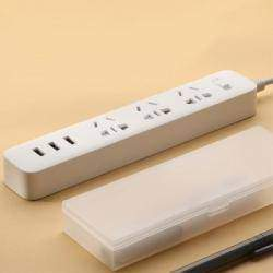 Удлинитель с USB разъемами и универсальными розетками XiaoMi 3 USB