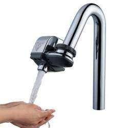 Автоматический дозатор воды насадка на водопроводный кран с сенсором