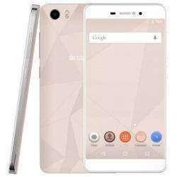 Bluboо Picassо стильный и бюджетный смартфон