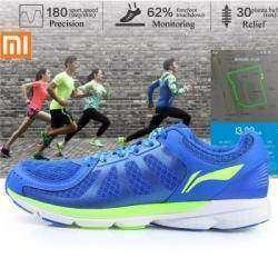 Классные кроссовки от Xiaomi и LI-NING