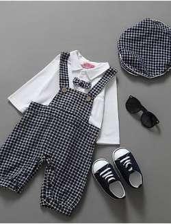 Притягательный летний костюм для мальчика