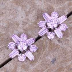 небольшие сережки 'гвоздики'