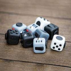 Fidget Cube: кубик для снятия стресса, собравший более $2,9 млн. на Kickstarter