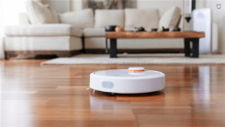 Специальная цена на робот-пылесос Mi Robot Vacuum -  $319.79