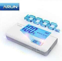 Повербанк ARUN Y615 10000mAh с LCD экраном, отображающий в %% текущий уровень заряда